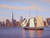 Sailing past Manhattan_web